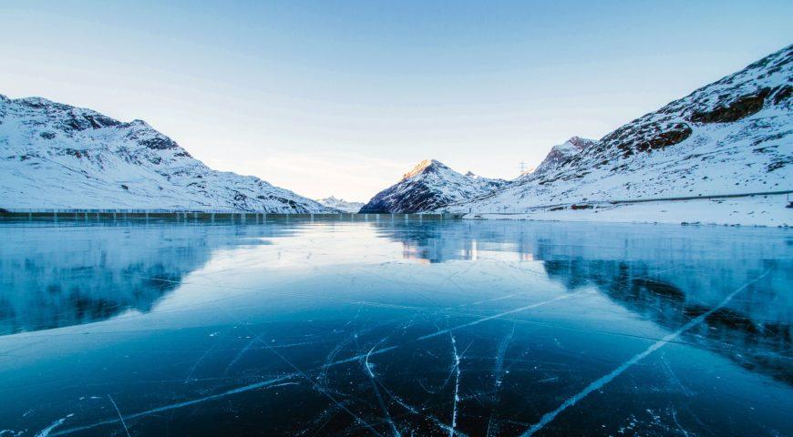Conheça incríveis lagos congelados